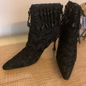 Manolo Blahnik Black lace with beads ankle boots